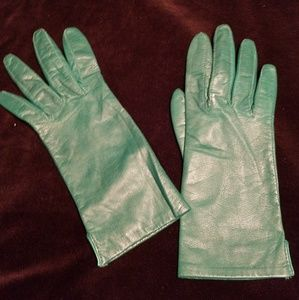 Accessories - Vintage Emerald green leather gloves